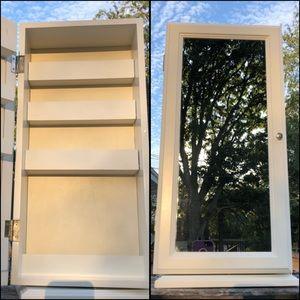 🆕List! Make-Up Mirrored Carousel Cabinet! EUC!